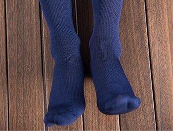 Custom 15-20 mmhg compression airline socks