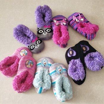Custom men,women kids warm slip shoe socks